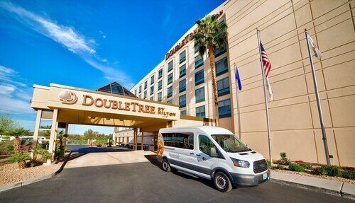 DoubleTree by Hilton Las Vegas Airport official hotel website
