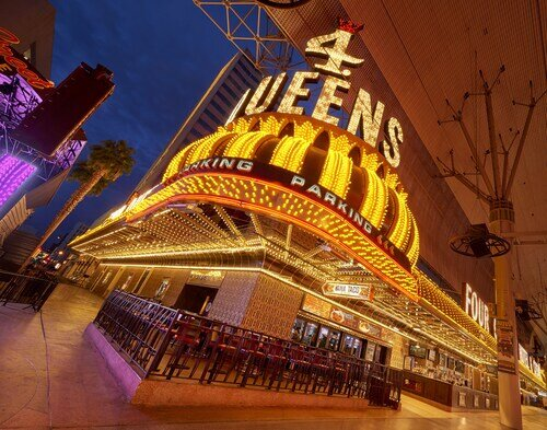 Four Queens Hotel and Casino (No Resort Fee) official hotel website