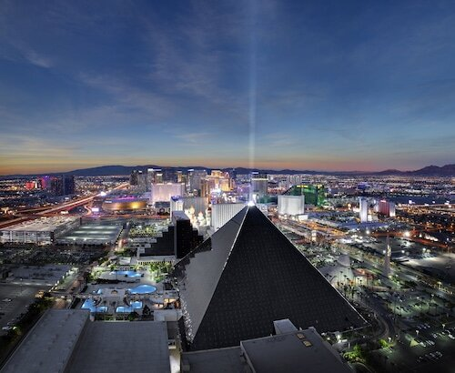 Luxor Hotel and Casino official hotel website