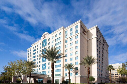 Residence Inn by Marriott Las Vegas Hughes Center official hotel website