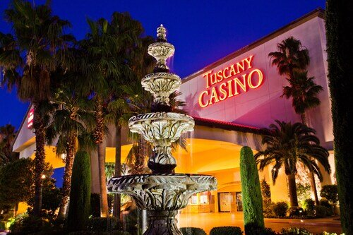 Tuscany Suites & Casino official hotel website