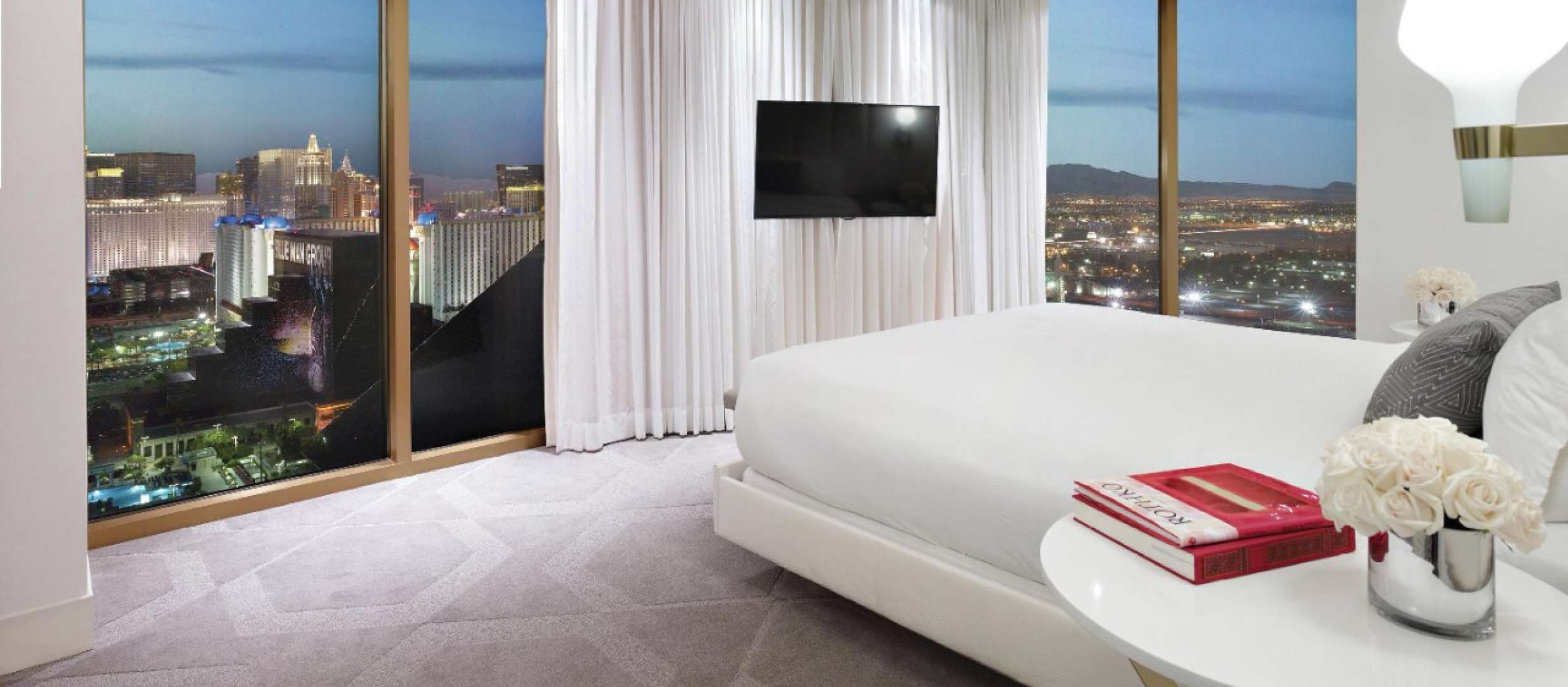 Smoke-Free Vegas: Our Favorite Non-Smoking Hotels in Las Vegas