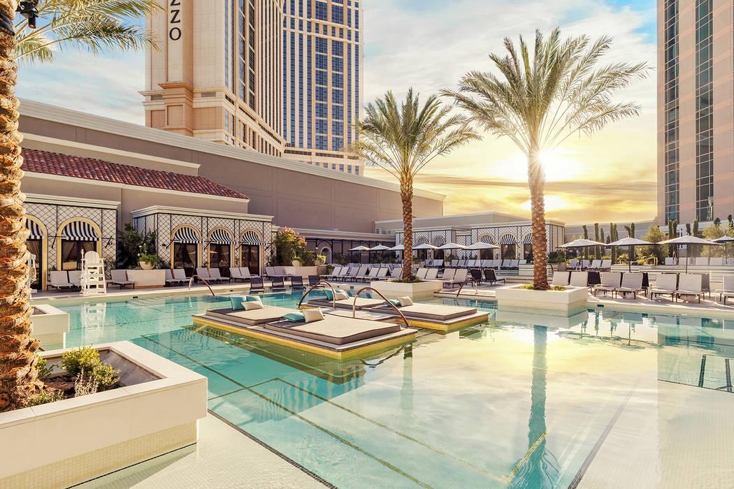 Top 10 Las Vegas Pools 2021